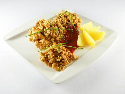 Knusprige Bällchen in Tomatensauce - warmes Gericht, Rezept