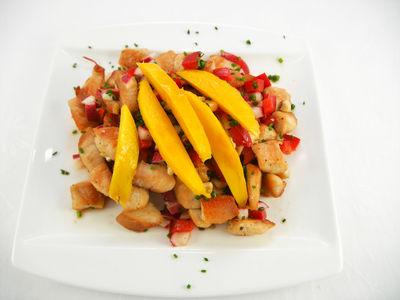 Sommersalat mit Huhn - warmes Gericht, Rezept